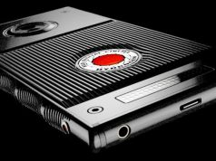 RED: A holographic Smartphone Is Coming