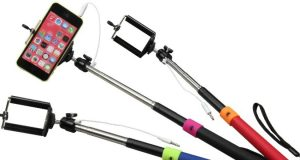 Top selfie sticks for your smartphones